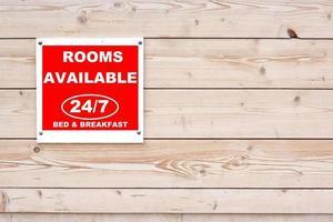 kamers beschikbaar 24/7 bed & breakfast bord foto