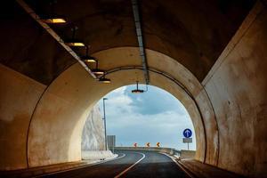 auto tunnel foto