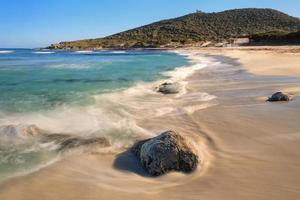 bodri strand in de buurt van ile rousse in corsica