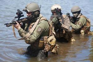 speciale troepen in het water