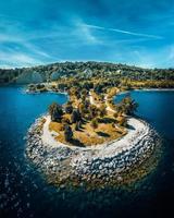 bovenaanzicht van een eiland foto