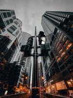 lage hoek fotografie van de skyline van de stad
