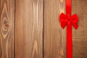 Valentijnsdag achtergrond met rood lint foto