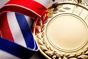 gouden medaille met leeg gezicht voor tekst foto
