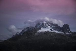 wandelen in de bergen alpen von schweiz frankreich österreich foto