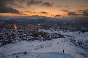 panoramisch uitzicht op tbilisi foto