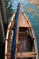 Venetië boot aan het kanaal foto