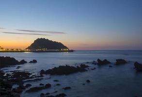 cantabrische zee eiland san anton, dorp getaria.