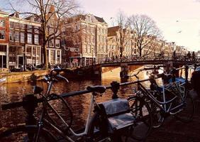 fiets in amsterdam foto