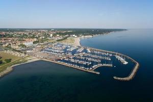 luchtfoto van de haven van Helsingoer, Denemarken