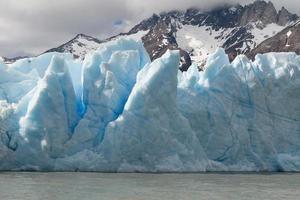 gletsjer grijs in torres del paine foto