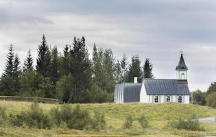 de pingvellir van ijsland, de kapel van het thingvellir-park foto