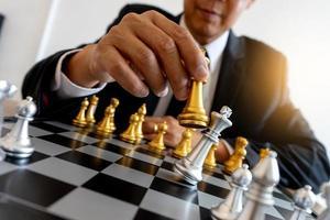 bord schaken zilver en goud foto