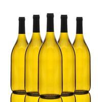 groep chardonnay-wijnflessen foto