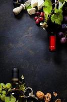wijn, druivenmost en kaas
