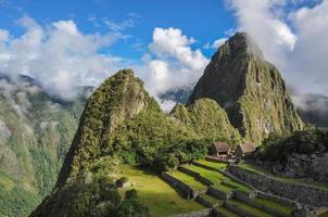 uitzicht over machu picchu inca-ruïnes, peru