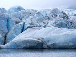 Diepblauw foto