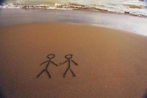 strandzand zomer inscriptie op het zand