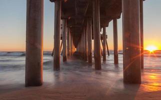 Huntington Beach Pier bij zonsondergang