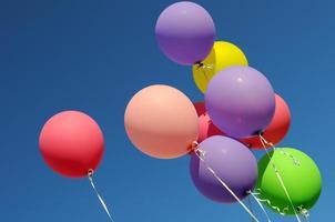 veelkleurige ballonnen foto