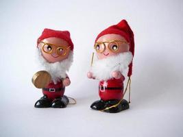 twee kleine santa's foto