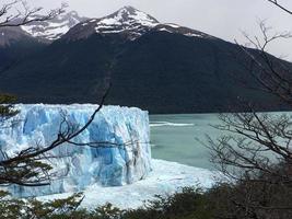 gletsjer perito moreno rechts, patagonië, argentinië foto