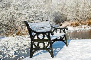zonnige winterdag in het land foto