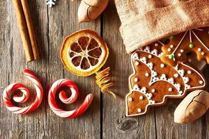 kerst zelfgemaakte peperkoekkoekjes foto