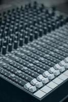 digitale muziekapparatuur, muziekmixer met track