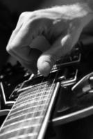 gitaar en hand foto