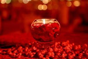 Kerst kaars en decoraties - stockafbeelding foto