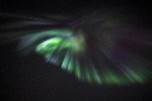 aurora boven reykjavik foto