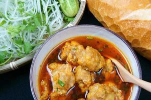 Vietnamees eten, gehaktbal foto