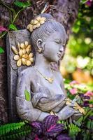 vrouwenstandbeeld in Thailand 1