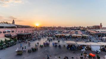 Marrakech, Marokko - circa september 2015 - zonsopgang boven Marrake