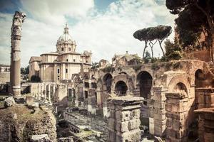 rome forum romanum 2 foto