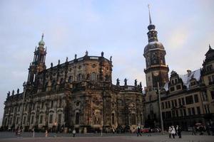de kathedraal van dresden en het kasteel van dresden in de winter