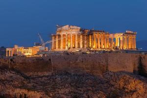 parthenonbouw in acropolisheuvel foto