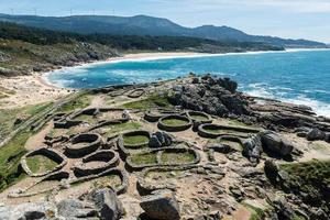 castro de baroña en atlantische oceaan in galicië