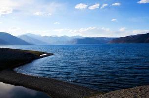 pangong-meer in de staat Ladakh, Jammu en Kasjmir, India