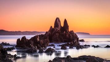 zwaard rotsen bij zonsopgang