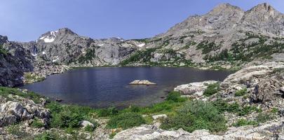 panorama van bluebird meer foto