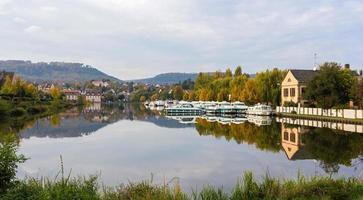 rivierhaven in saverne, alsase, frankrijk foto