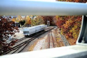 piek op de spoorlijn foto