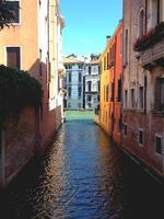 kleurrijk kanaal van Venetië