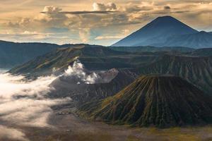 mount bromo vulkaan, indonesië, java foto