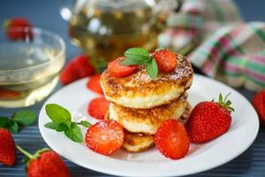 kwark pannenkoeken gebakken foto