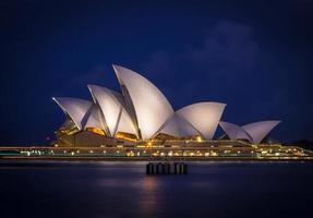 Sydney, Australië, 2020 - Sydney Opera House 's nachts