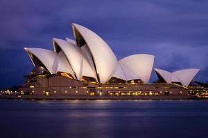 sydney, Australië, 2020 - lange blootstelling van het operahuis in sydney
