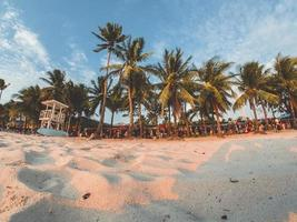 phillippines, 2018-toeristen langs het strandwinkelgebied